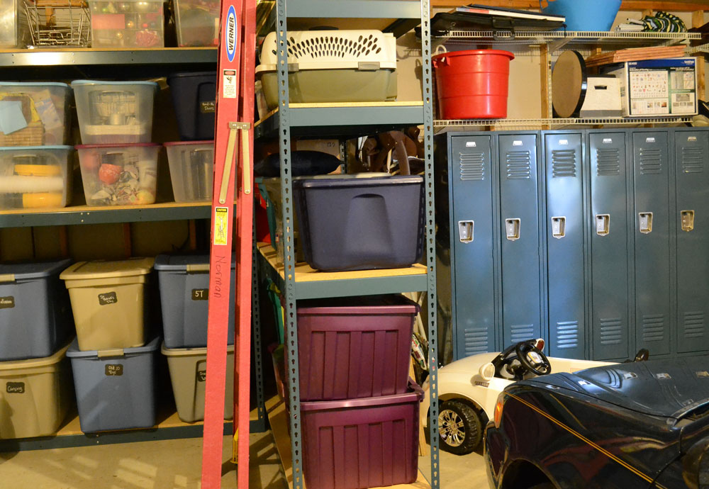 Shelving lockers maximize garage storage organization & Shelving lockers maximize garage storage organization - Lockers ...